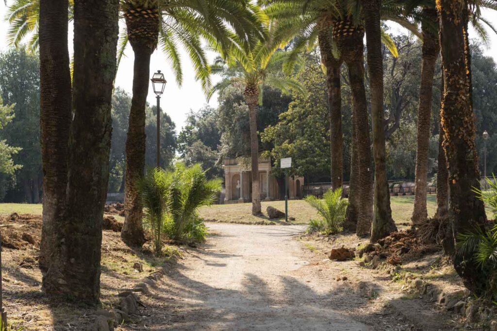 Villa Torlonia - corso di fotografia all'aperto